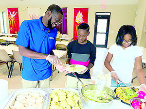 Grant program teaches healthy meal prep