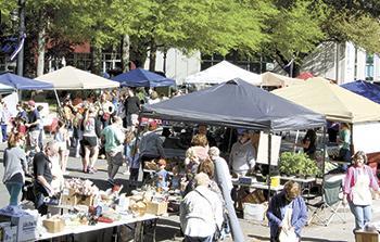 Foothills Farmer's Market Debuts 2015 Season