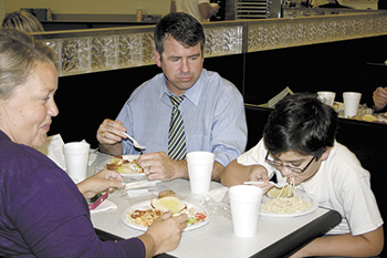 Jefferson Elementary PTO Holds Annual Spaghetti Supper