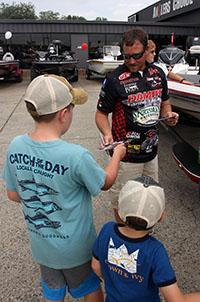 Bryan Thrift visits Anglers Choice during Customer Appreciation