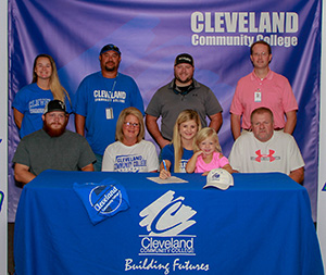 Bell signs with CCC to play softball