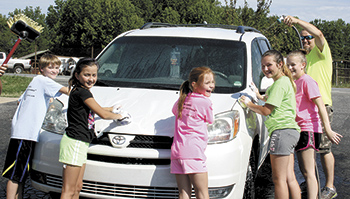 Gloryland Missionary Baptist Church Youth Car Wash