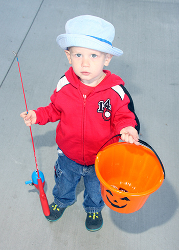 Fishing for treats at Foothills Farmers' Market...