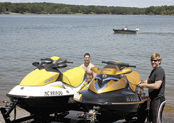 First Time Jet Skiing At Moss Lake...