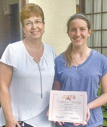 Pauley wins scholarship