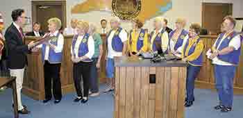 Mayor Anthony declares Poppy Day