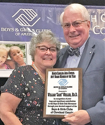 Board President Receives State Award