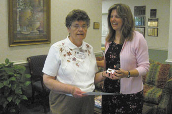 Jeanette Davis Receives 20 Year Volunteer Service Award