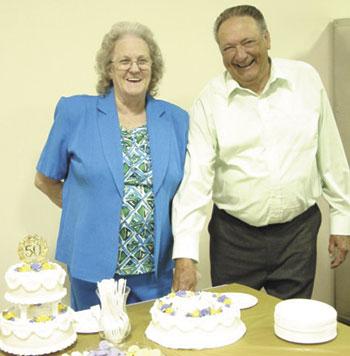 Edwards Celebrate 50th Wedding Anniversary