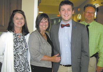 Alpha Delta Kappa Presents Annual Scholarship