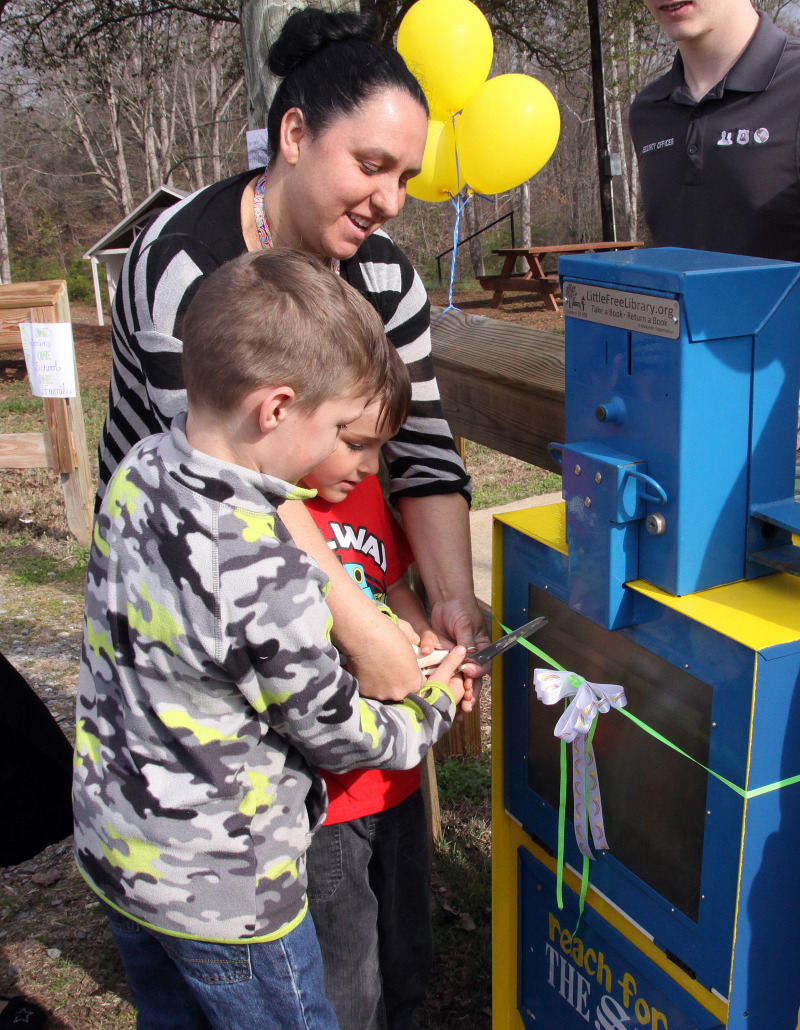 Little Free Libraries pop up in Casar, NC